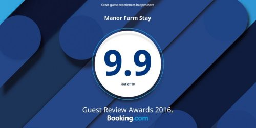 2016 Booking com review award big